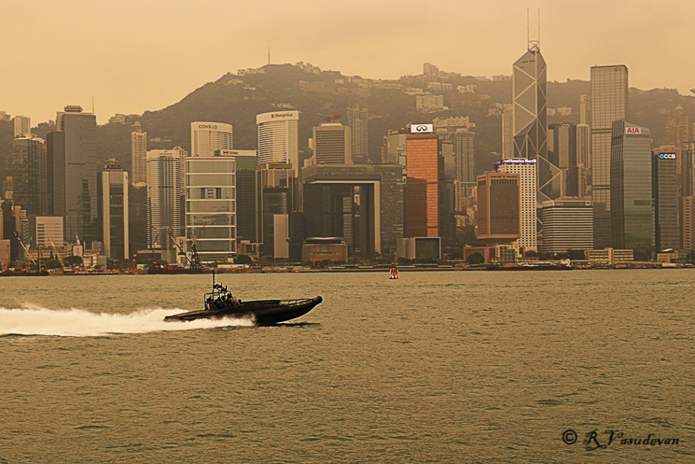 A view of HK Island from Kowloon Waterfront.  D5100, f/8, 1/20s, ISO -100, 36mm