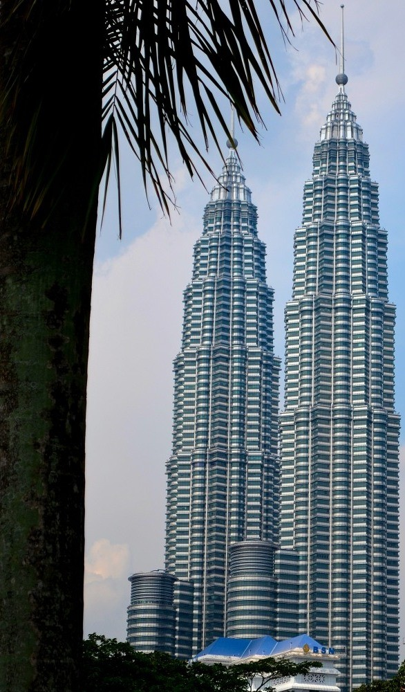 The Twin Towers of Suria KLCC , previously called Petronas Towers
