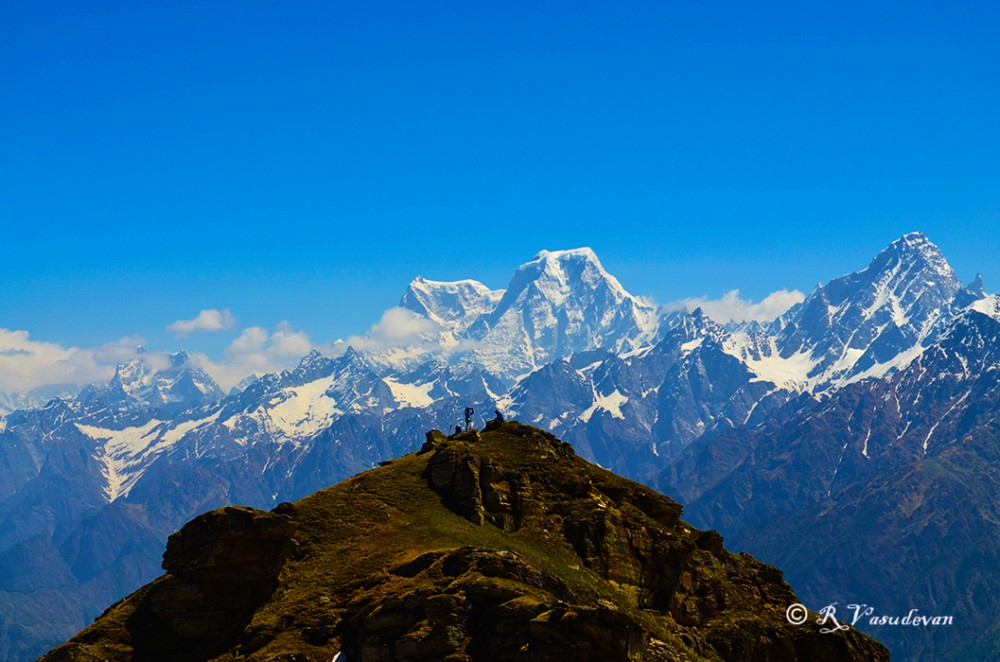 Nikon D5100, f/9, 1/640, ISO 100. 55mm (equiv 82mm)  A view from  Kuari Pass.  Neelkanth, Ghori, Haathi and Dunagiri peaks all in one frame
